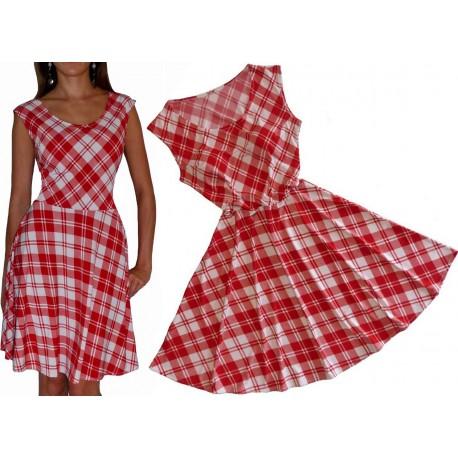 ROZKLOSZOWANA sukienka w CZERWONĄ kratkę